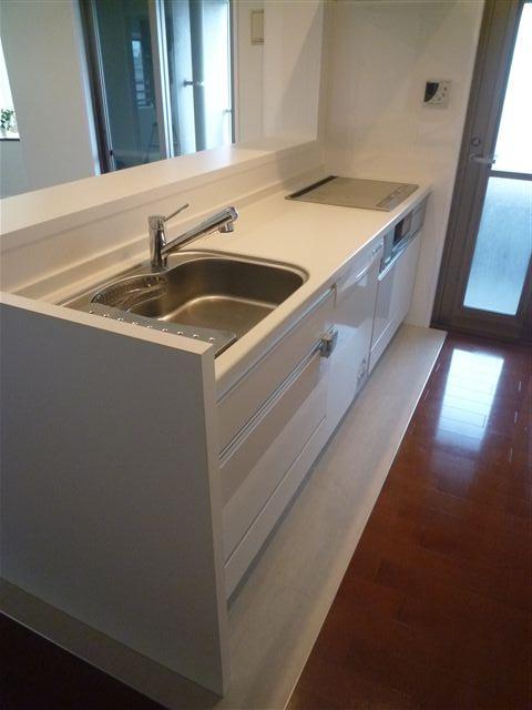 白いキッチン_c0131666_22364372.jpg