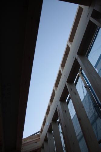 「深沢の家」と「つばさ雲の家」_f0039406_23312684.jpg