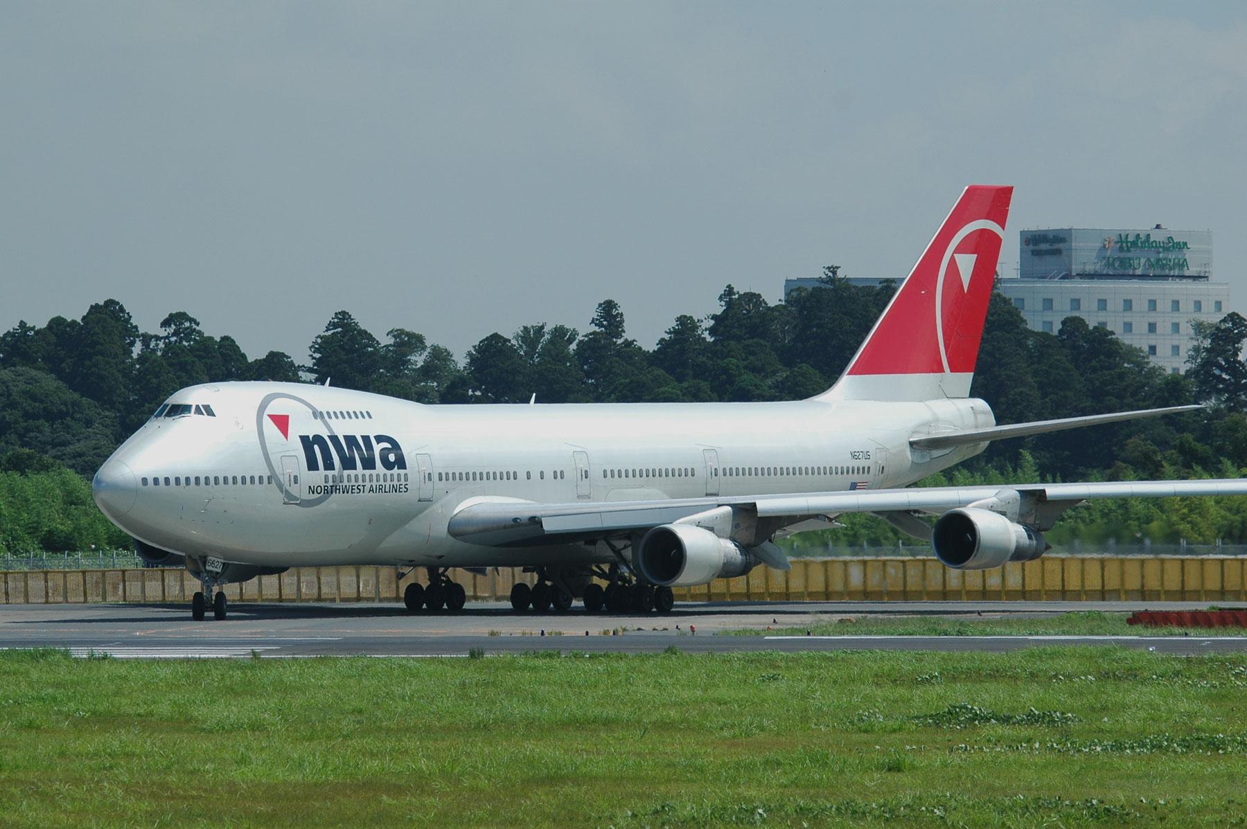 BOEING 747-200 / N627US - 74便...