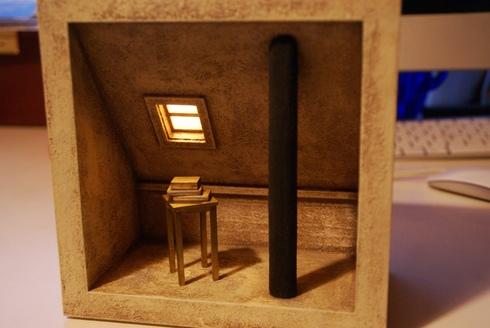 オブジェ作家・内林武史さんから素敵な作品の贈り物~屋根裏部屋の机と書物に窓明かり_f0006713_752183.jpg