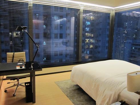 Day1:香港へ、Sky100_d0026830_18503950.jpg