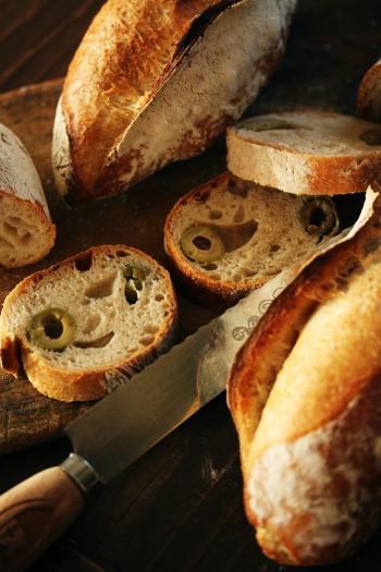 オリーブのパン_f0149855_649687.jpg
