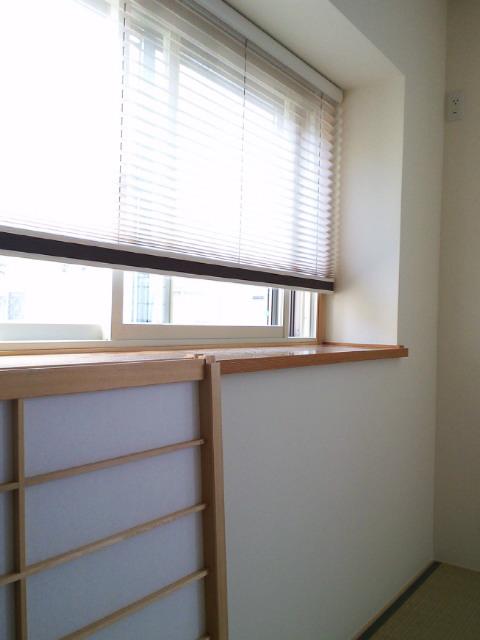 和室の窓にプリーツスクリーンをお取り付け『ニチベイ』_c0157866_15293039.jpg