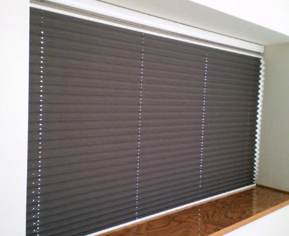 和室の窓にプリーツスクリーンをお取り付け『ニチベイ』_c0157866_1536184.jpg