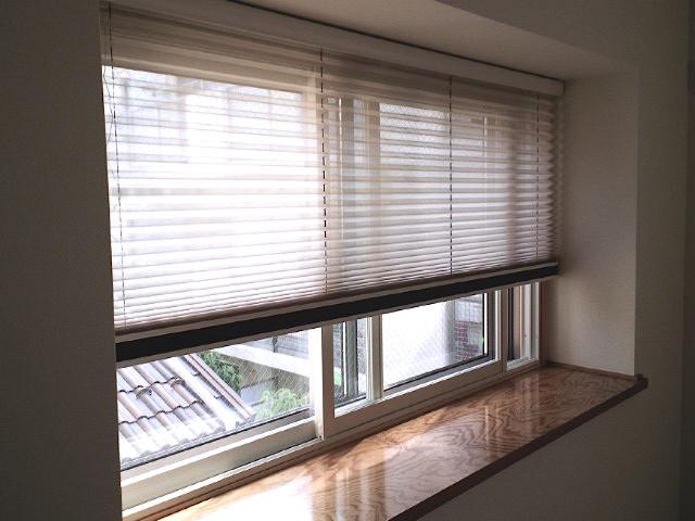 和室の窓にプリーツスクリーンをお取り付け『ニチベイ』_c0157866_15391615.jpg