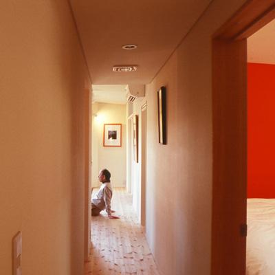 人が集まる室内縁側:アイデアボックス第1回_a0117794_1585815.jpg
