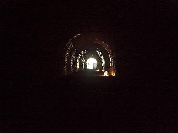 旧鐘ヶ坂隧道_f0116479_1925446.jpg