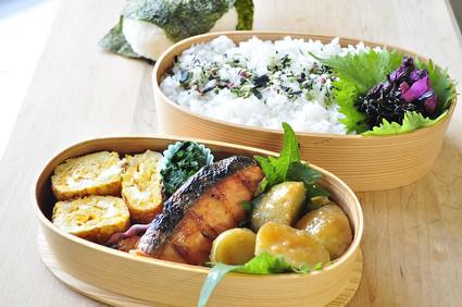じゃが味噌と鮭のお弁当_b0171098_9104882.jpg