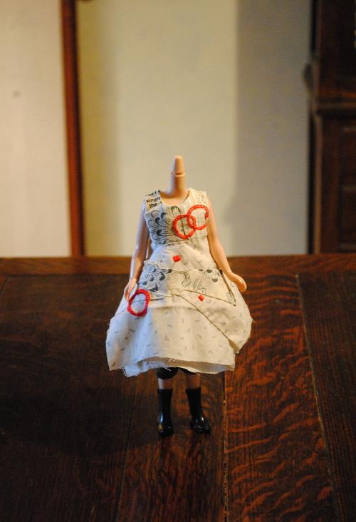 ブライスのドレス制作中_d0101846_7544682.jpg