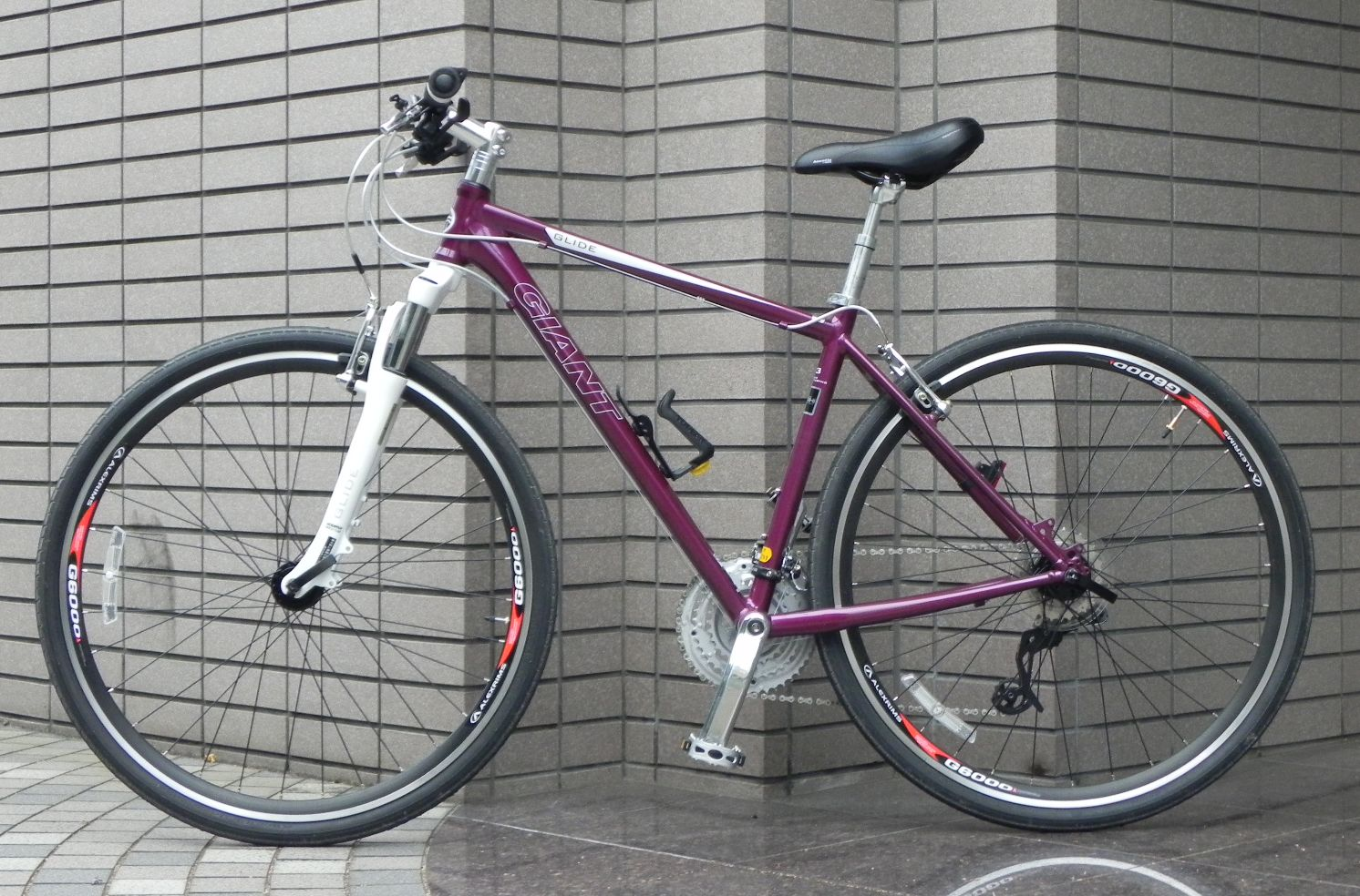 この手の自転車はふわふわして ...
