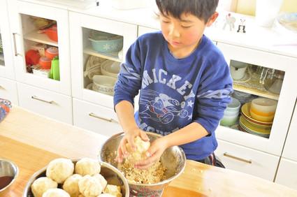 蓮根サンドのお弁当と味噌作りとカノーリ風おやつ_b0171098_991868.jpg