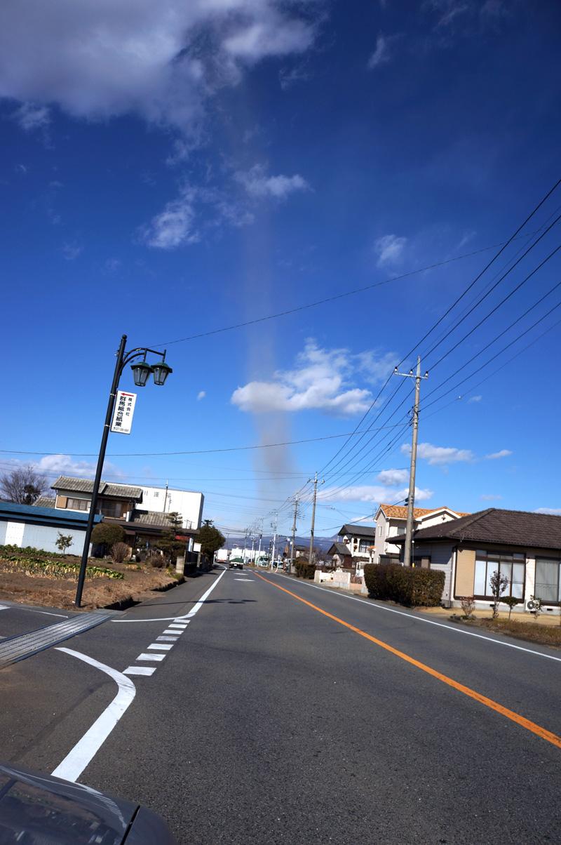 Tornado_c0095801_1613889.jpg