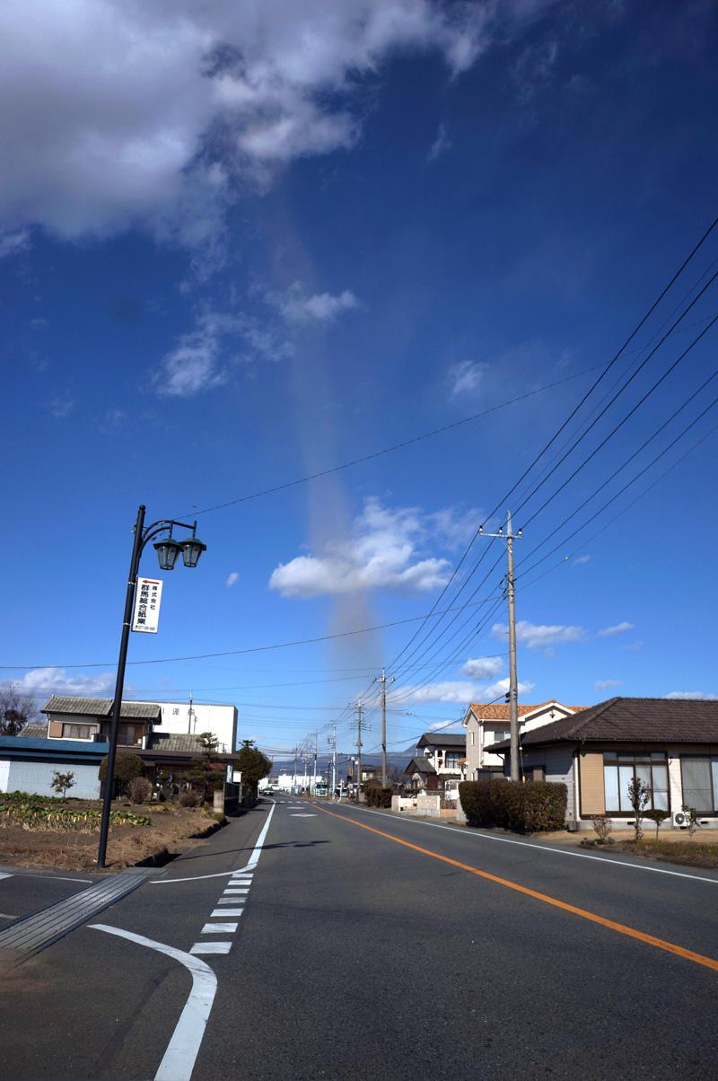 Tornado_c0095801_1614250.jpg