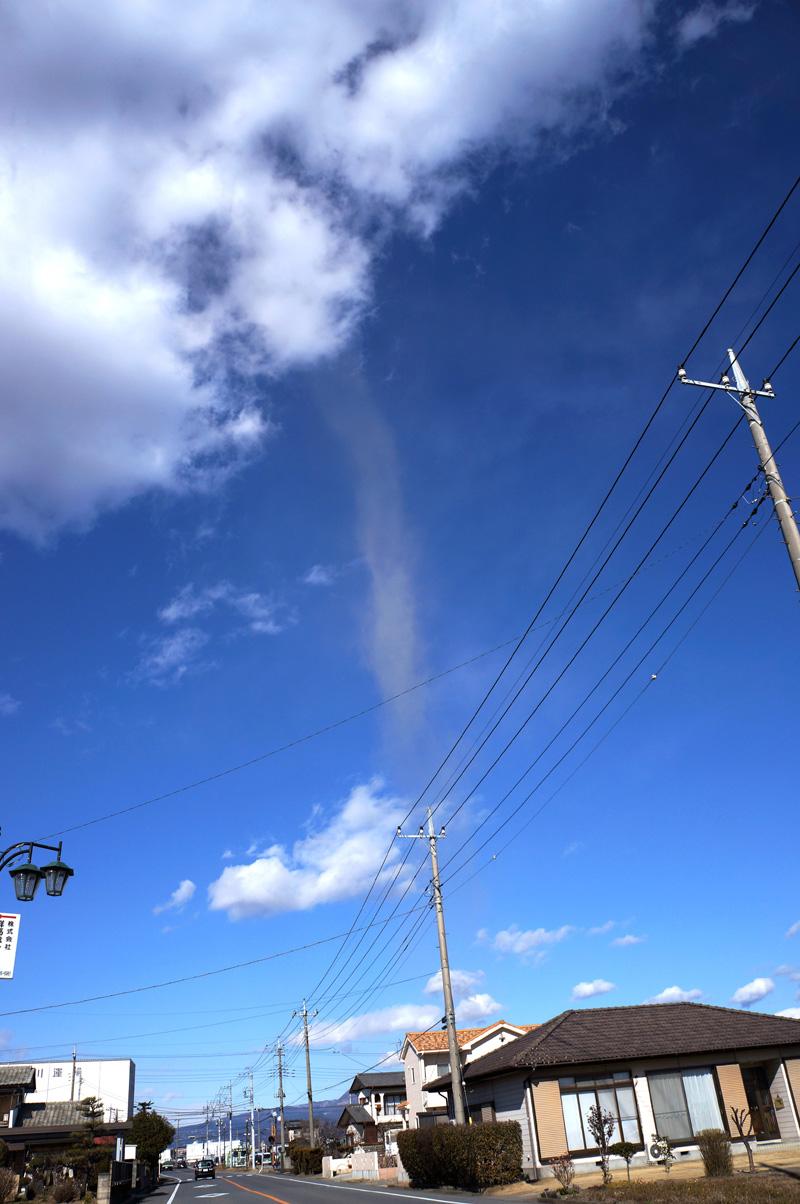Tornado_c0095801_1615237.jpg