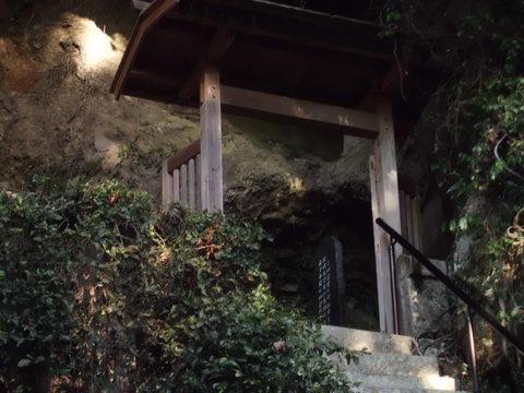 霊巌洞(雲巌禅寺)の「奥の院」_b0228113_23115279.jpg