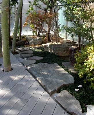 自然素材の魅力:緑花石 その1_e0010418_1813622.jpg