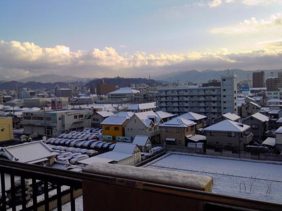 雪です!!!!!_e0227168_14164161.jpg