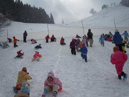 雪あそびに行ってきました。_c0197584_11141114.jpg