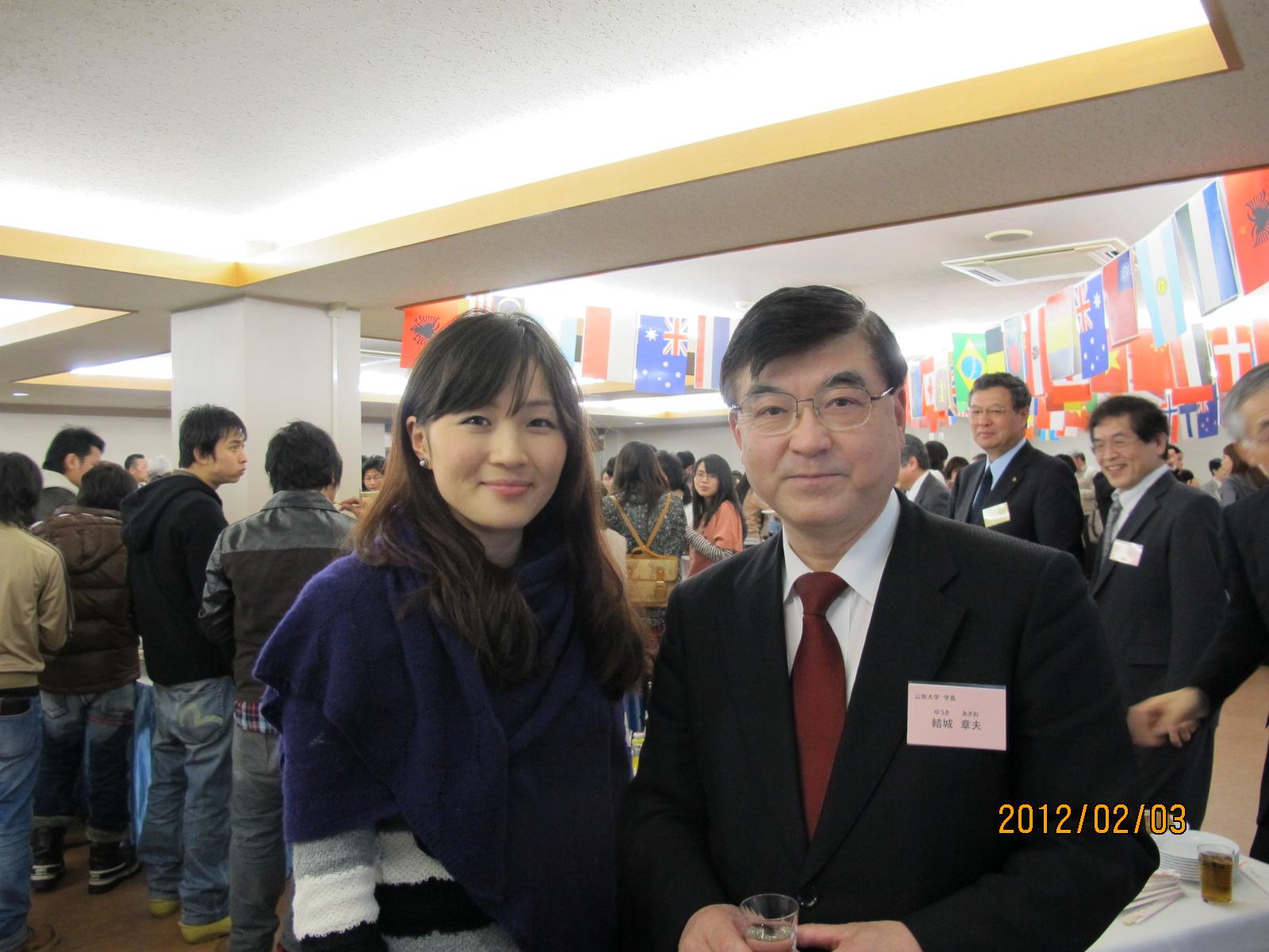 県民と外国人留学生との交流会・・・その2~_c0075701_2183636.jpg