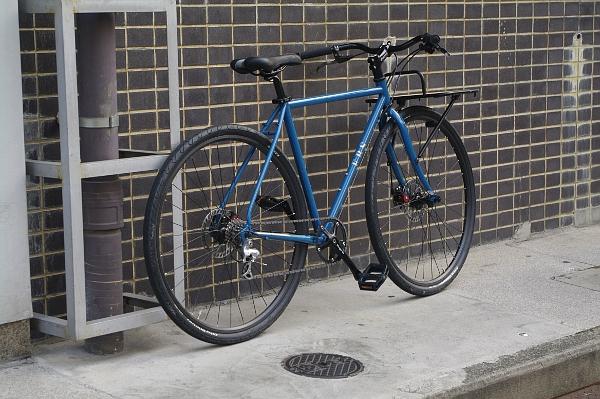 自転車の 自転車 荷台 カゴ : スポーツ自転車に荷台(カゴ ...