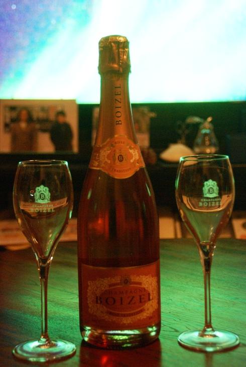 ボワゼル・シャンパーニュ・ブリュット・ロゼをボワゼルのシャンパングラスで乾杯on立春_f0006713_7592296.jpg