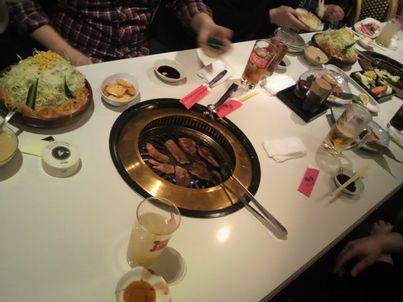 焼肉新年会_d0079440_0212438.jpg
