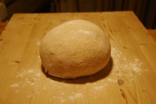 明日のパンを焼く_f0106597_21113030.jpg