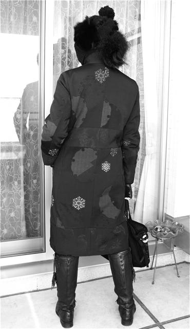 雪輪雪華模様のコートで真冬もお洒落を満喫ちぅ〜☆_f0170519_1663947.jpg