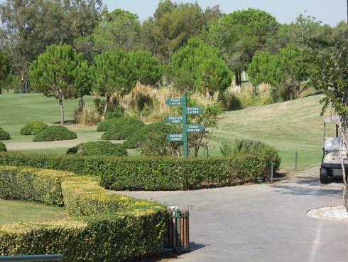 Antalya で、ゴルフ!_e0189465_20423367.jpg