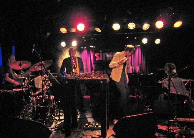 The Artaud Beats (ジェフ・リー、ユミ、クリス・カトラー、ジョン・グリーヴス)日本ツアー日程決定_c0129545_5393711.jpg