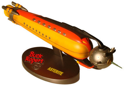 "Buck Rogers ""Asterite\"" space ship desk model_e0118156_1334957.jpg"