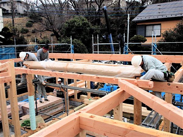 「聖蹟桜ヶ丘の家」上棟_f0230666_12505373.jpg
