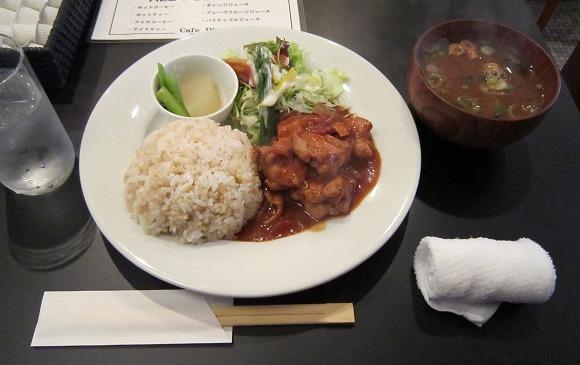 ホンマチTH Cafe Diner / ランチプレート_e0209787_13265346.jpg
