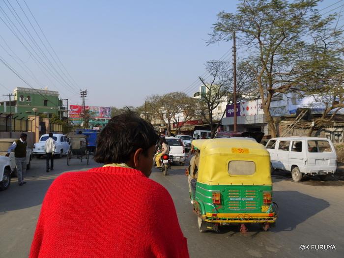インド旅行記 2 ヴァラナシへ_a0092659_2133121.jpg