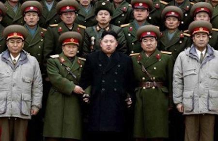 「北朝鮮のキム・ジョンウンが暗殺で死亡」の噂が世界を駆け巡る!?_e0171614_1833397.jpg