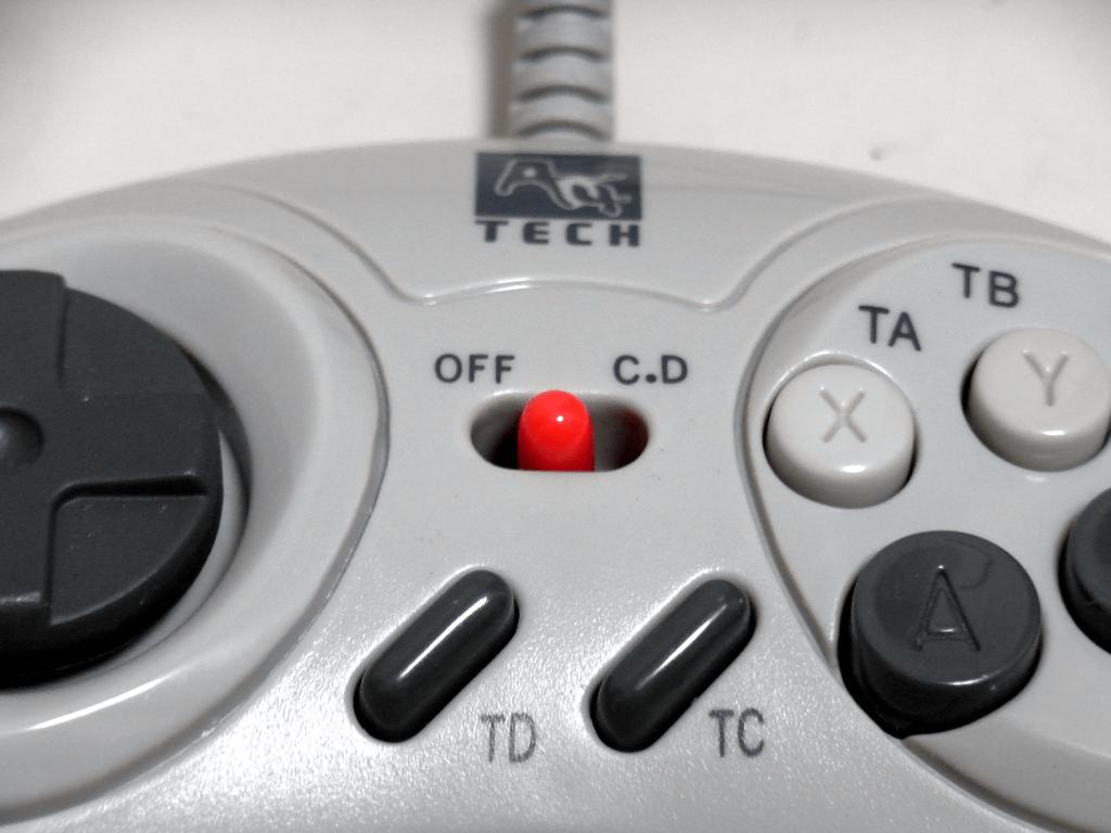 【レビュー】A4Tech 型番不明コントローラ_c0004568_2356174.png