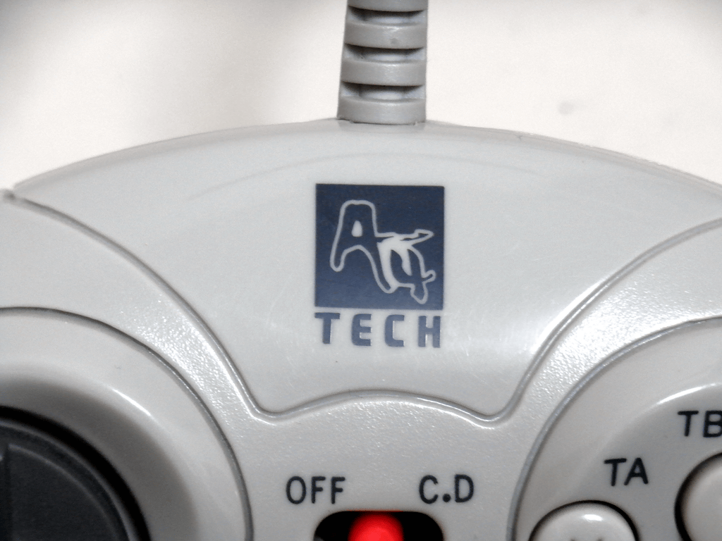 【レビュー】A4Tech 型番不明コントローラ_c0004568_2357533.png