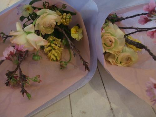 オークリーフ花の教室(それぞれの春を・・)_f0049672_1801249.jpg