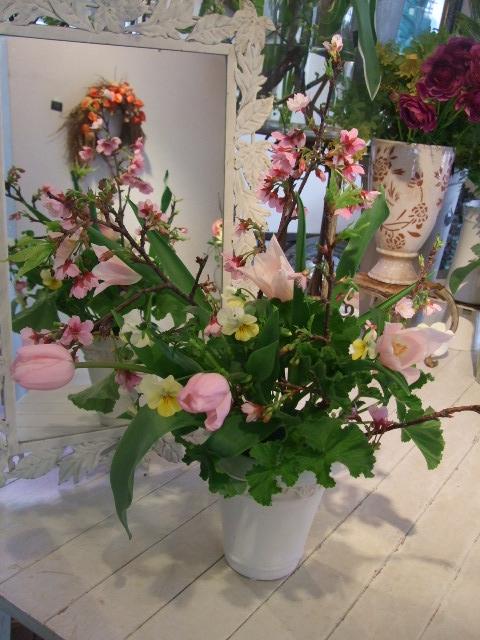 オークリーフ花の教室(それぞれの春を・・)_f0049672_1851131.jpg