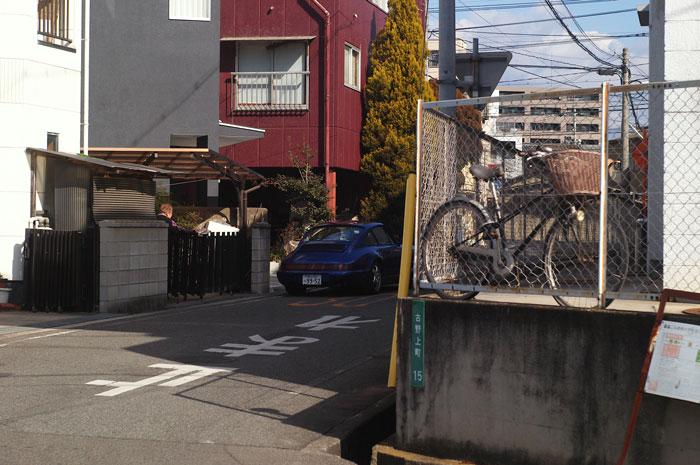 フェラーリと自転車