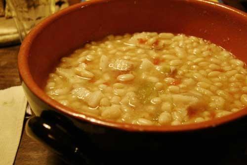 お豆が煮えました_f0106597_2241638.jpg
