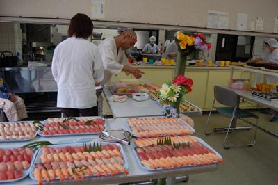 寿司&カラオケパーティー_a0154110_15112367.jpg