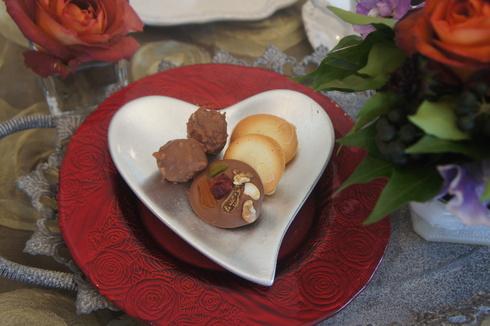 ヘーゼルのショコラと ヨックモック風クッキー_d0210450_21505191.jpg