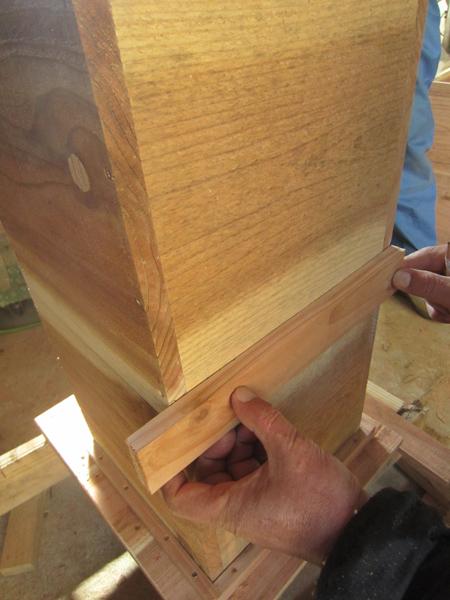 ミツバチの巣箱つくり_d0231263_223222.jpg