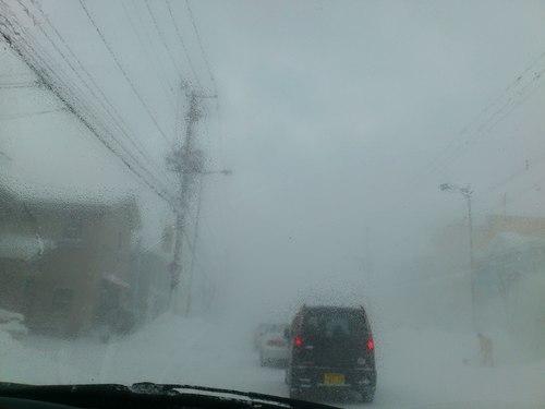 国道は、地吹雪_b0106766_22344541.jpg