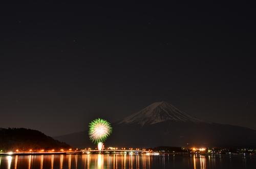 富士山の冬の花火_a0139995_0255873.jpg