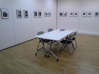 本日初日、写真展『第9回THE DARK ROOM会員展』_b0053900_2344151.jpg