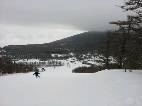 今日のスキー場_e0160513_198946.jpg