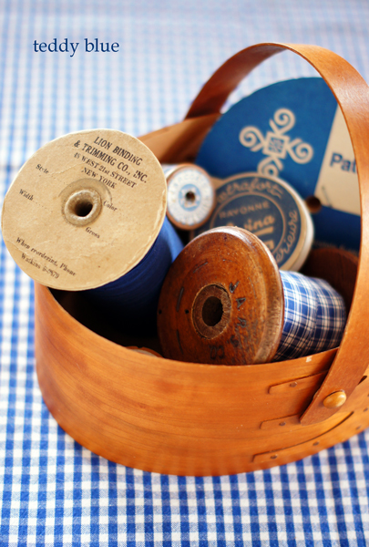vintage ribbons & trims  ヴィンテージのリボンたち_e0253364_22272060.jpg