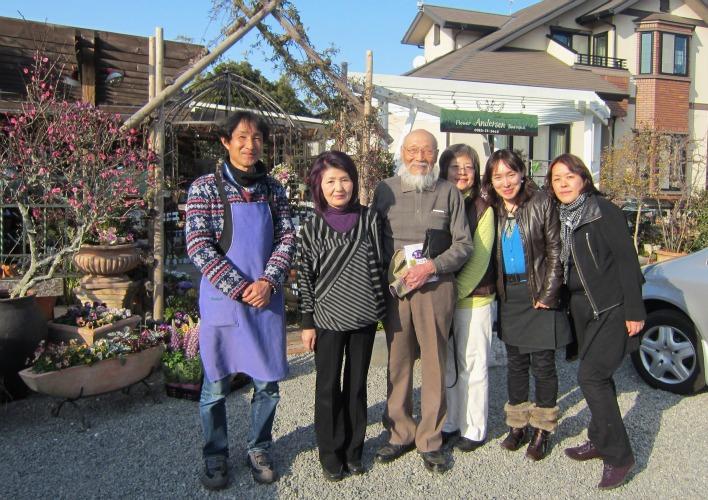 第4回パンジー・ビオラ個人育種家の展示会・最終日のお客様は花咲かじいさんそして、東京、山梨から_b0137969_17312791.jpg
